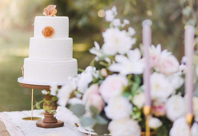 Heiraten-im-Norden-wedding-cake-6018507_1920-1-b1-1